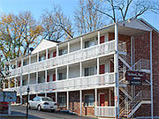 Beechwood Manor I-apartments-downtown-bloomington
