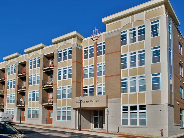 10th-and-College-Horizons-apartments-downtown-bloomington